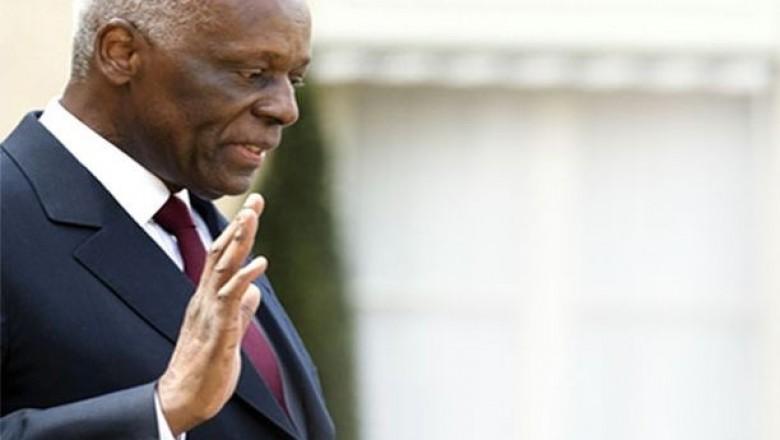 José Eduardo dos Santos regressa ao Palácio Presidencial